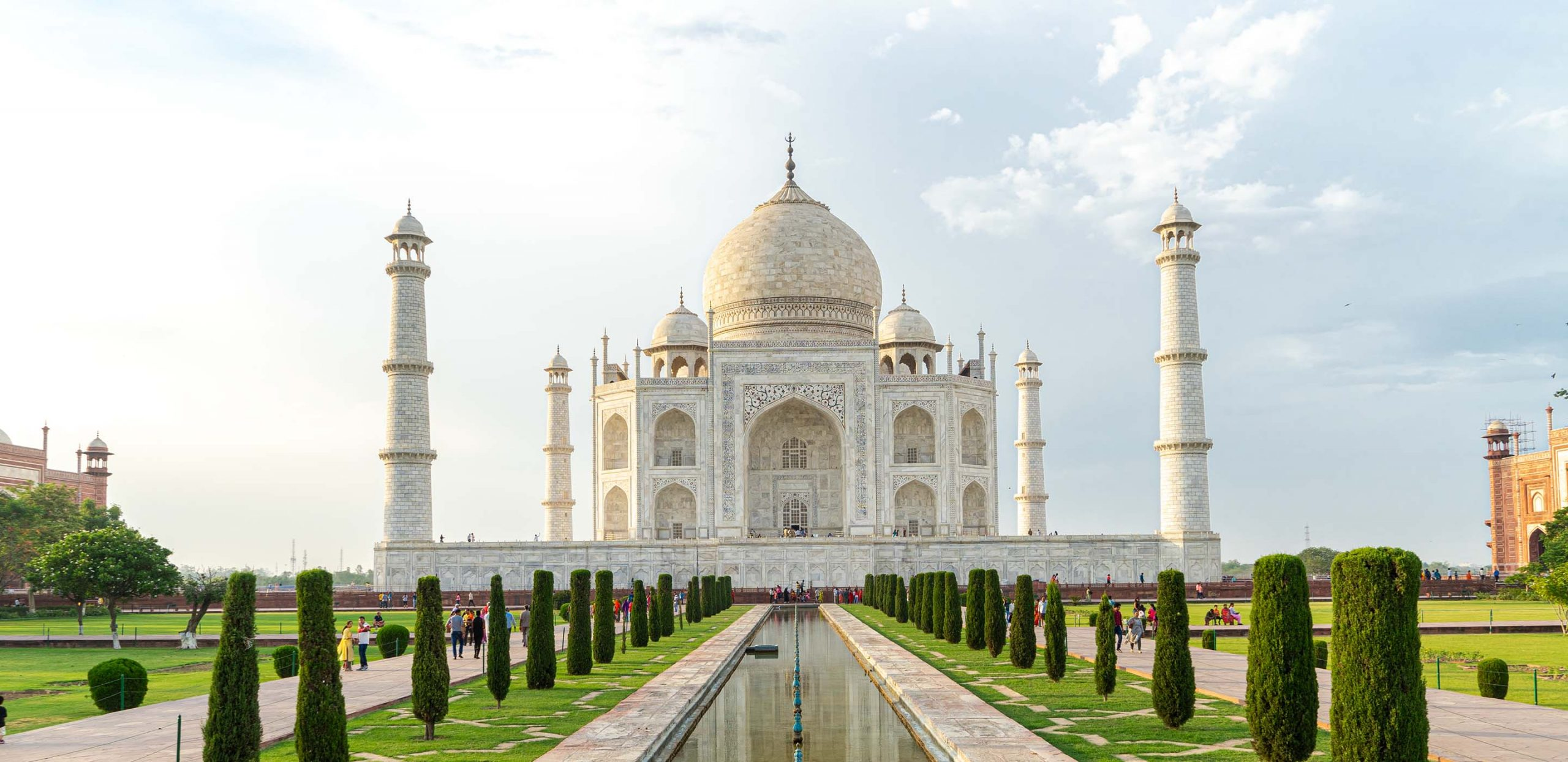 India closes Taj Mahal, Pakistan cases spike after quarantine errors